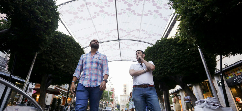 ALCALDE SUPERVISANDO ESTRUCTURA Y ENTOLDADO PASEO